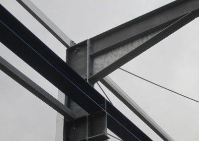 Rahmenecke-Produktionshalle-mit-Kranbahn